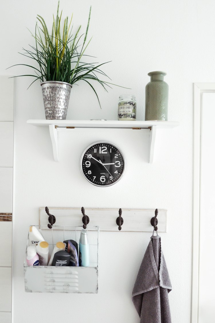 white shelf hooks